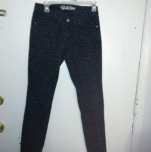 Old Navy Rockstar Animal print jeans. Size 8